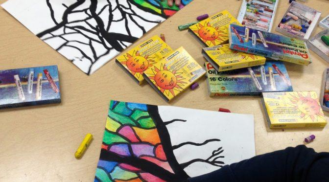 Børn tegner og maler